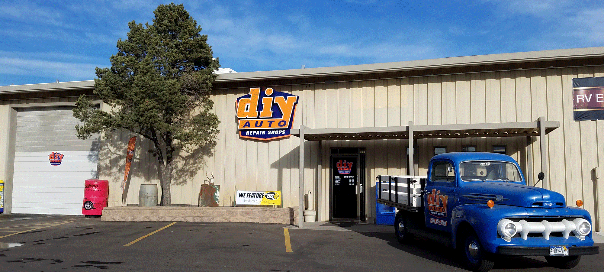 Diy auto repair shops equipped self service garage bays diy auto repair bays for rent solutioingenieria Image collections