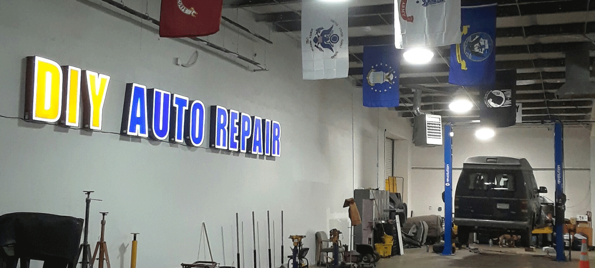 Diy auto repair shops equipped self service garage bays ase master certified technicians we can assist you with your car repair solutioingenieria Gallery